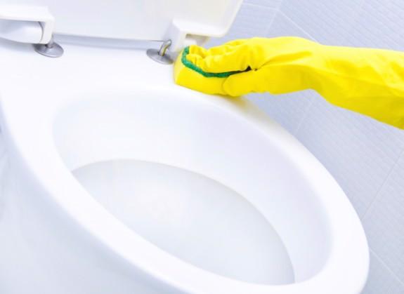 Sử dụng thiết bị vệ sinh