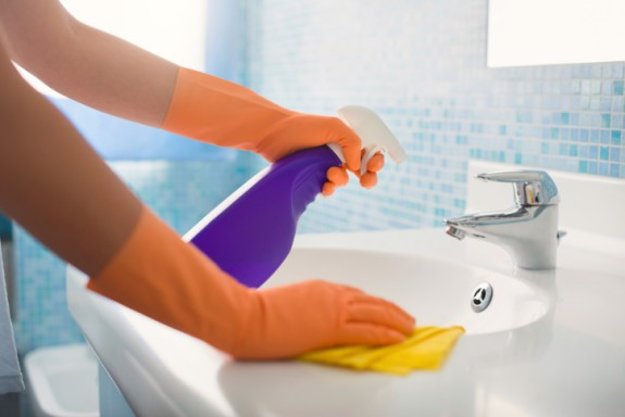 Hướng dẫn làm sạch chậu rửa mặt